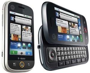 Motorola CLIQ 2: Android 2.2 en een 'bijzonder' toetsenbord