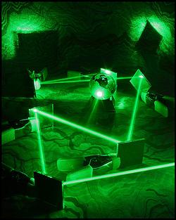 Chromatron: laser en spiegel-puzzelgame voor Android