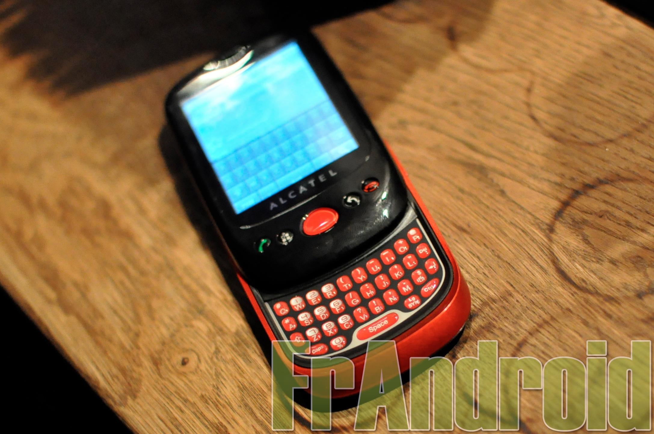 Alcatel lanceert Android-telefoon in Palm Pre-design