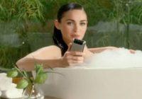 Motorola schakelt Megan Fox in voor Super Bowl-reclamespot