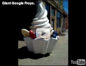 Gigantisch Froyo-beeld gearriveerd bij Google hoofdkantoor