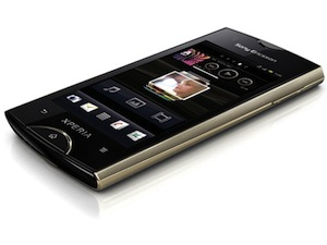 Sony Ericsson presenteert Xperia Ray en Xperia Active Android-telefoons