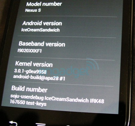 'Android Ice Cream Sandwich 3.0.1'