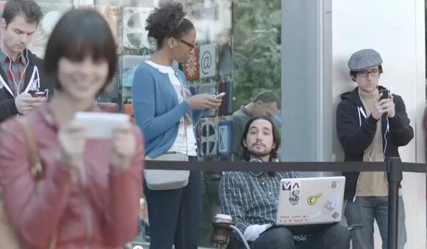 Samsung neemt Apple op de hak met nieuwe Galaxy S II reclamecampagne