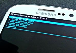 ClockworkMod Recovery CF Samsung Galaxy S III