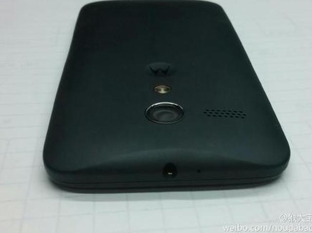 Meerdere duidelijke foto's Moto X achterkant opgedoken