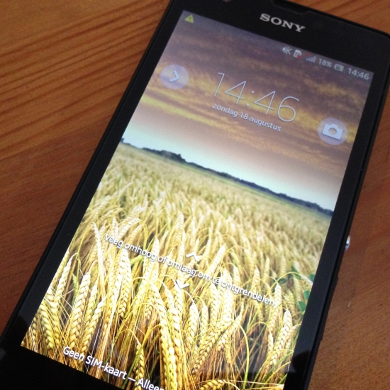 xperia zr review 1