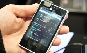 LG Optimus 3