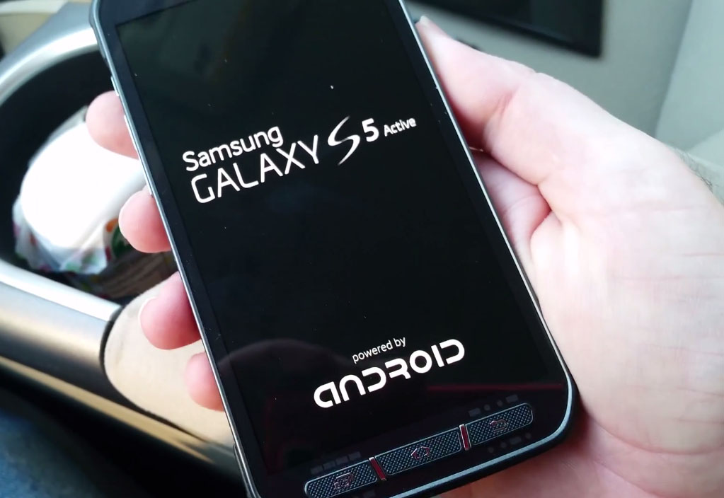 'Video's tonen Galaxy S5 Active met stevige behuizing'