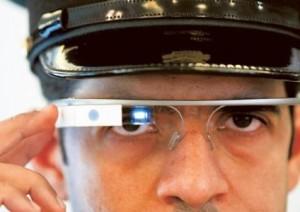 Politie Dubai gebruikt Google Glass om video's van boeven te schieten