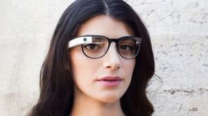 Futuristisch! Google Glass toont notificaties als je enkel naar prisma kijkt