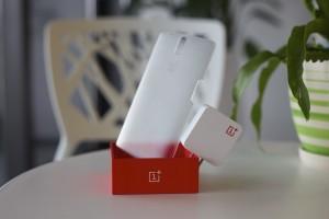 OnePlus One accessoires gepresenteerd, inclusief gave doorzichtige achterkant