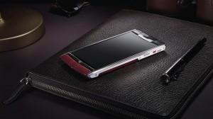 Deze Android-smartphone is gemaakt van kalfsleer en kost 10.000 euro