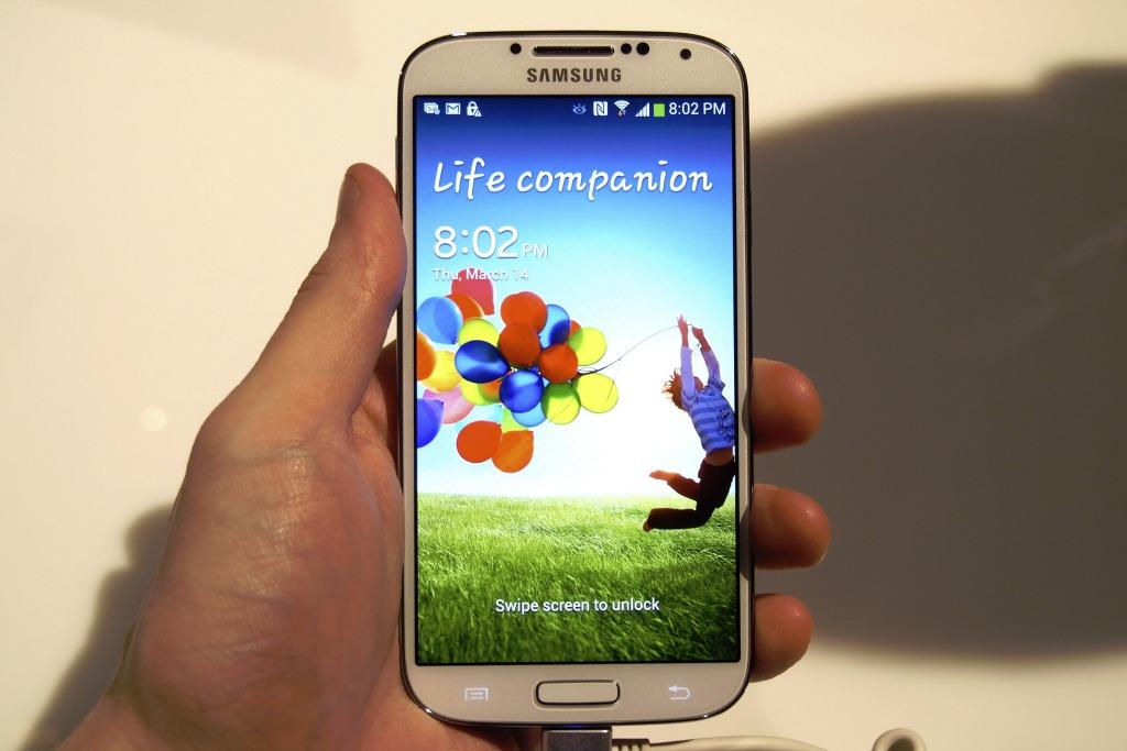 Samsung Galaxy S4 review: de populairste smartphone van 2013