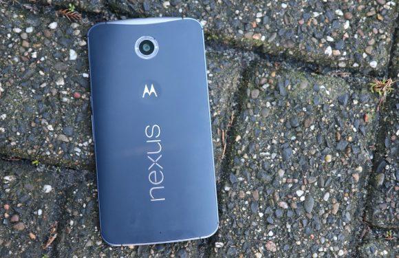 De achterkant van de Nexus 6 laat los bij sommige toestellen