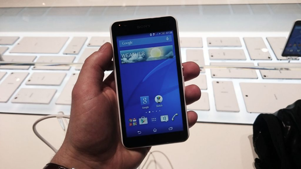 sony xperia e4g preview