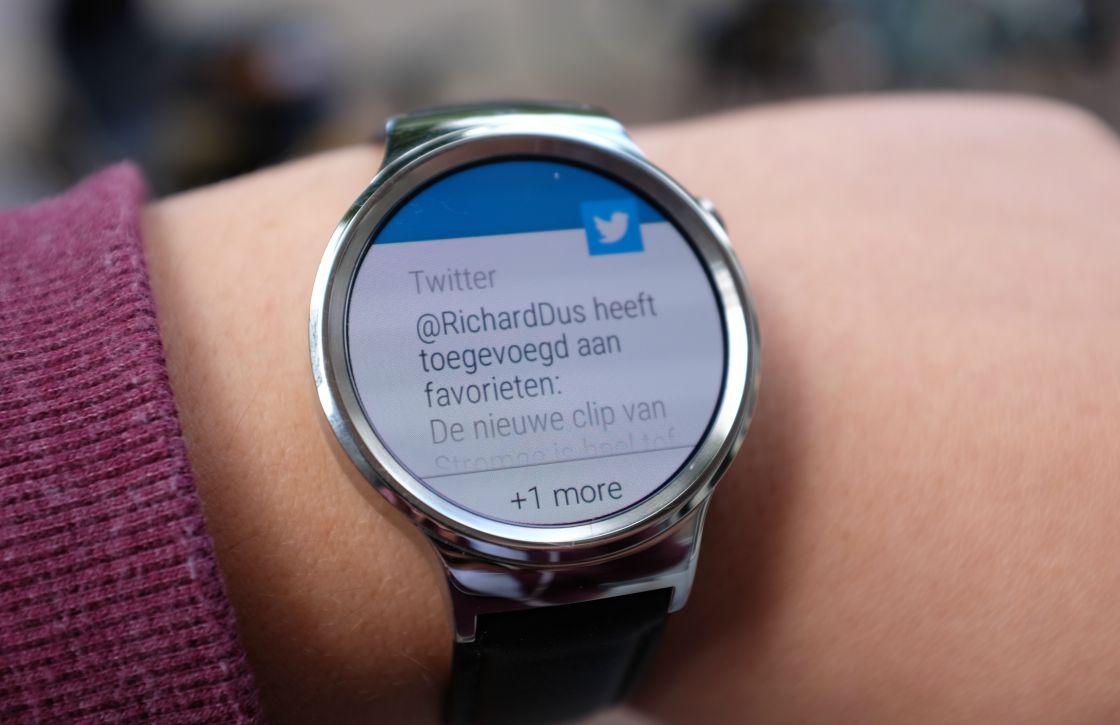 Huawei Watch krijgt deze maand nog Android Wear 2.0