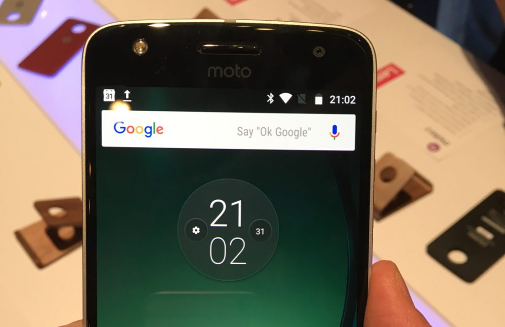 Moto Z Play preview
