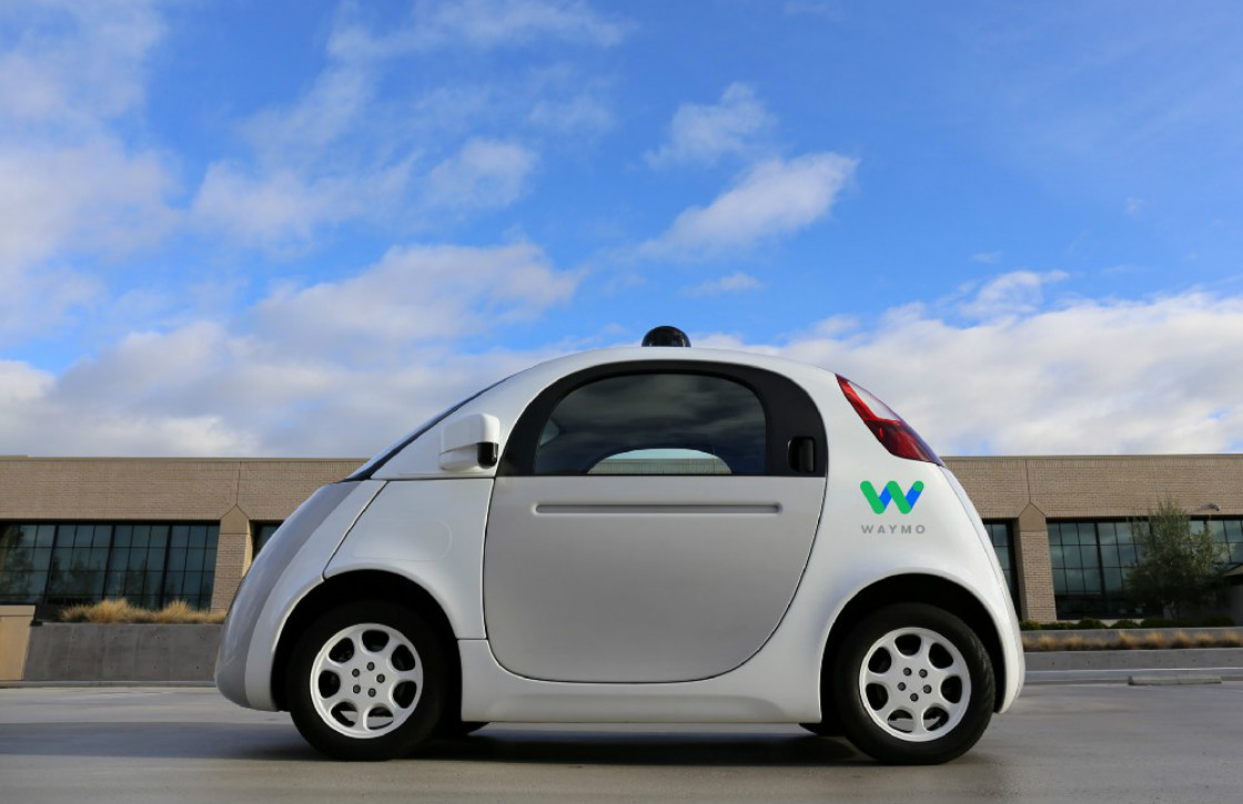 Google parkeert zelfrijdende auto bij Alphabet-bedrijf Waymo