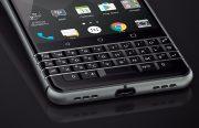 BlackBerry: 'Probleem met loszittend KeyOne-scherm opgelost'
