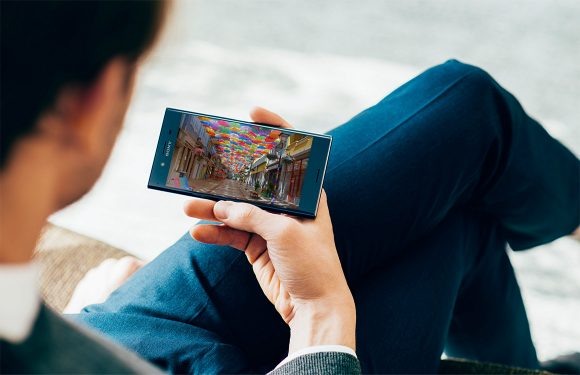 Sony brengt 'slowmotion-smartphone' Xperia XZs uit in Nederland