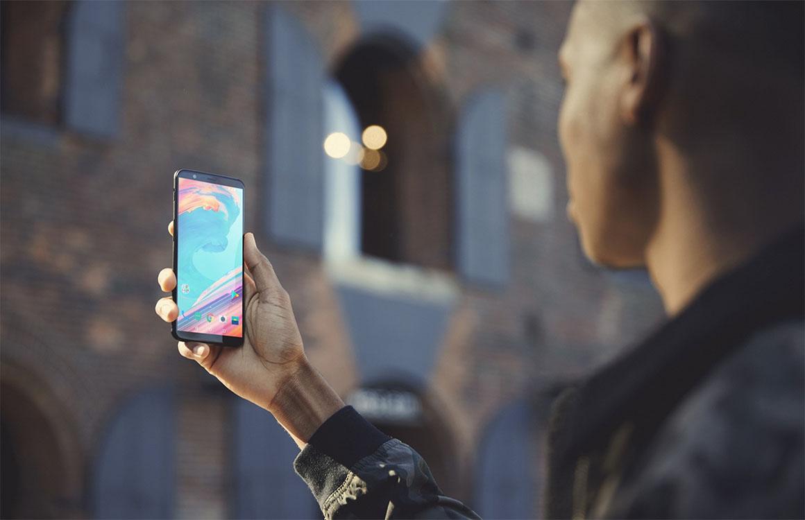 Randloze OnePlus 5T nu verkrijgbaar voor 499 euro