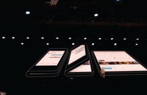 Opvouwbare-Samsung-telefoon 2