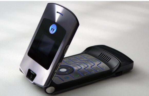 'Motorola RAZR maakt comeback, heeft opvouwbaar scherm'
