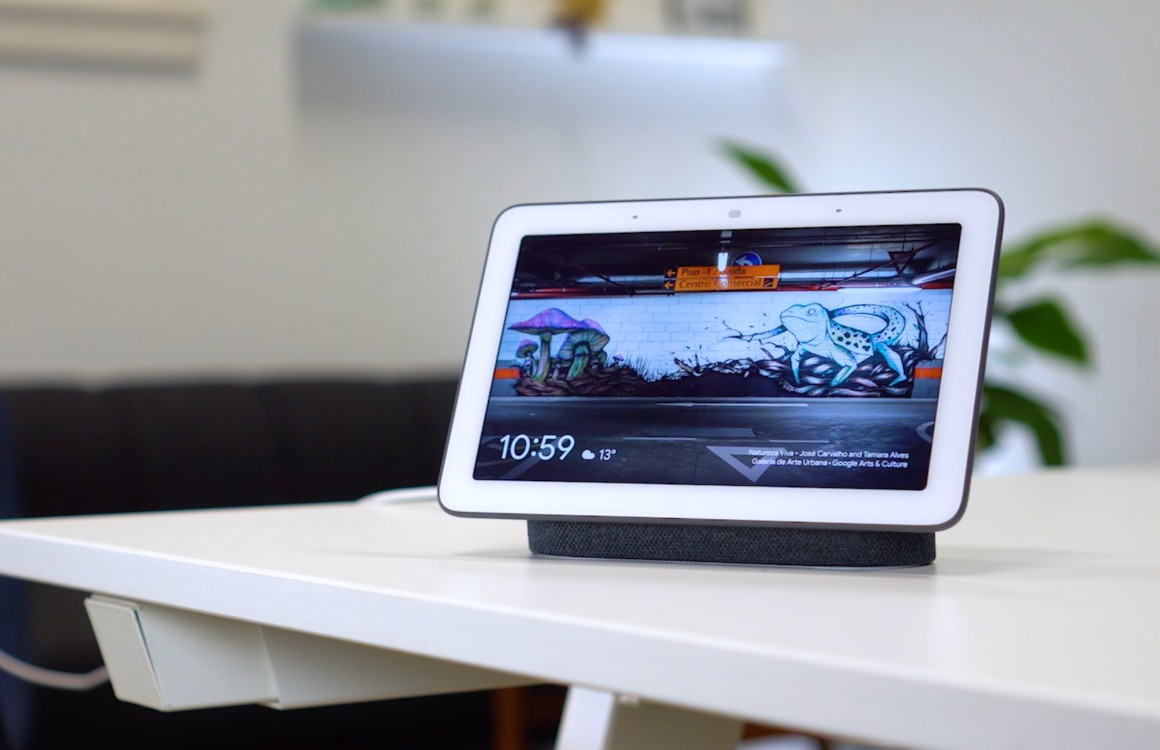 Google Nest Hub checkt nu via ultrasoon geluid of jij in de buurt bent