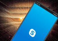 'Microsoft luistert mee naar gesprekken die gebruikers voeren met Skype en Cortana'