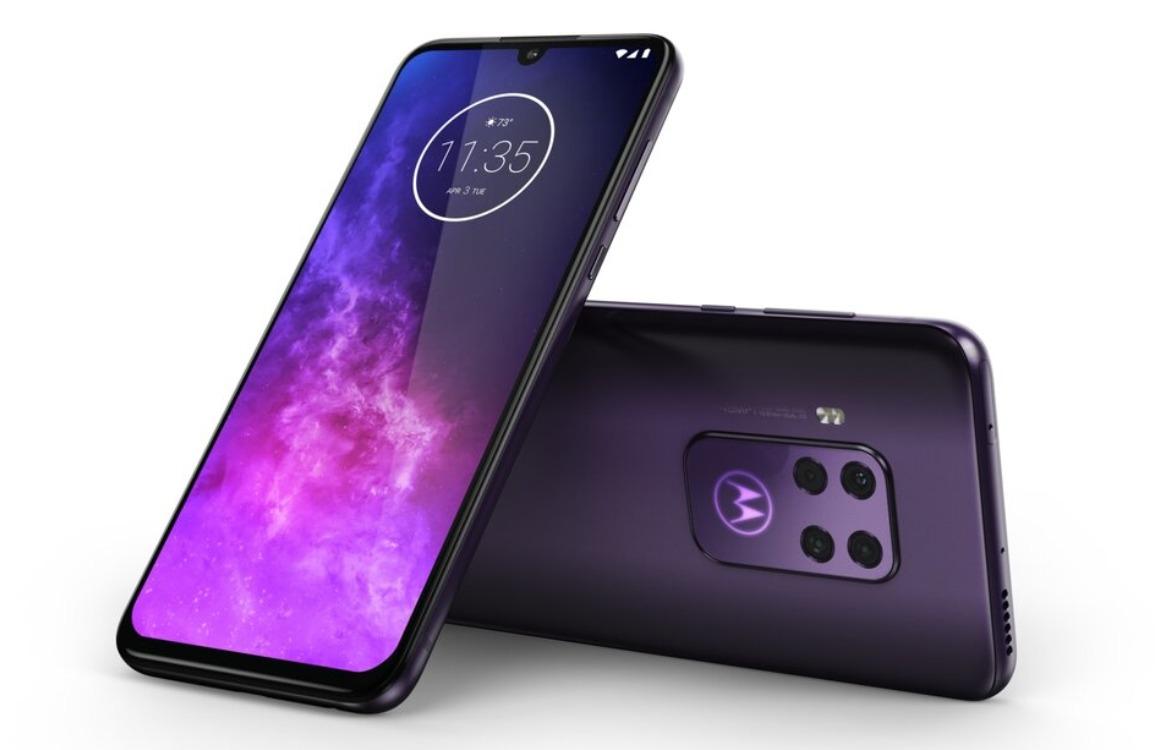 Motorola One Zoom officieel uitg 2