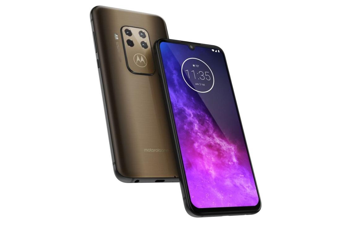 Motorola One Zoom officieel