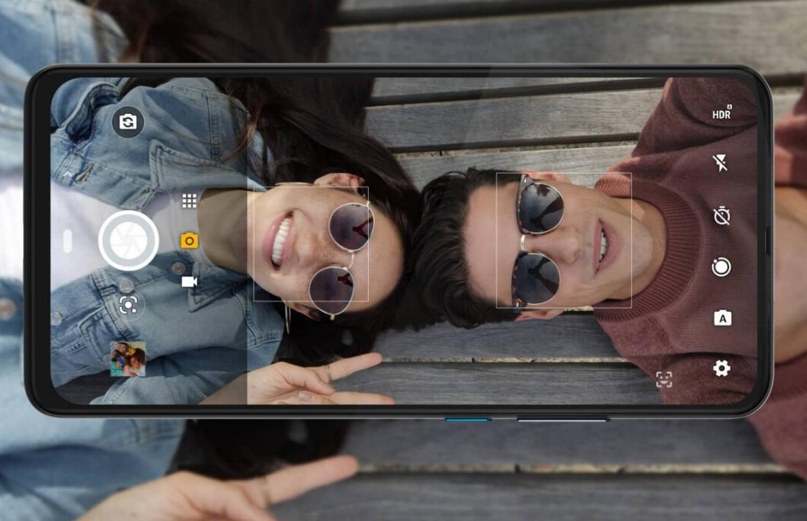 Motorola One Hyper met voorkantvullend scherm nu te koop in Nederland