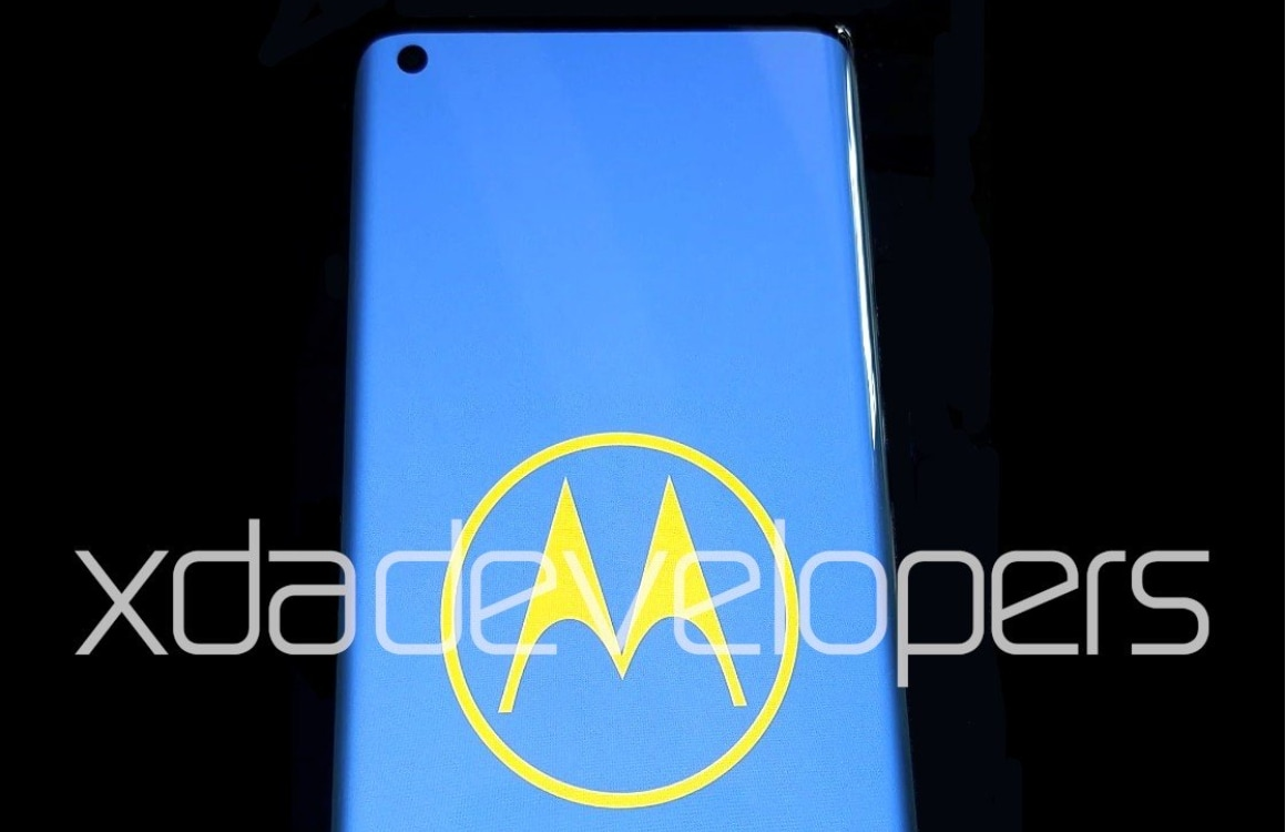 Motorola One 2020 lekt uit: 90Hz gebogen scherm, 5G en een grote accu