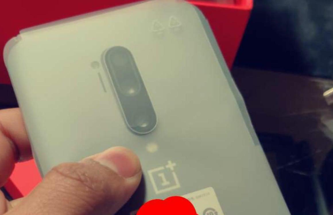'Achterkant OnePlus 8 Pro gespot op foto's'