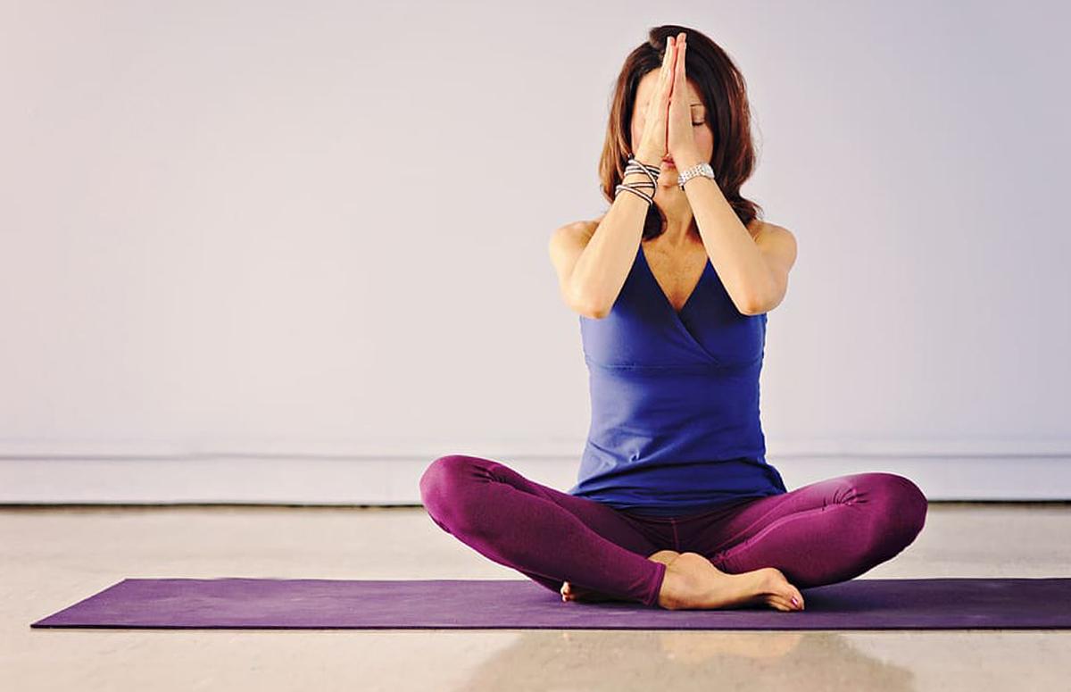Dit zijn de 4 beste meditatie-apps om mee te ontspannen