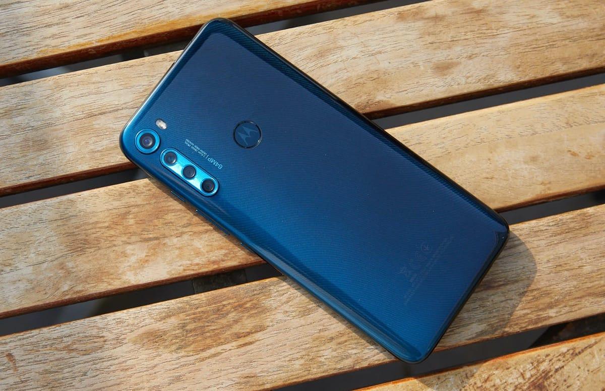 Motorola onthult One Fusion Plus met mega accu en uitschuifbare camera