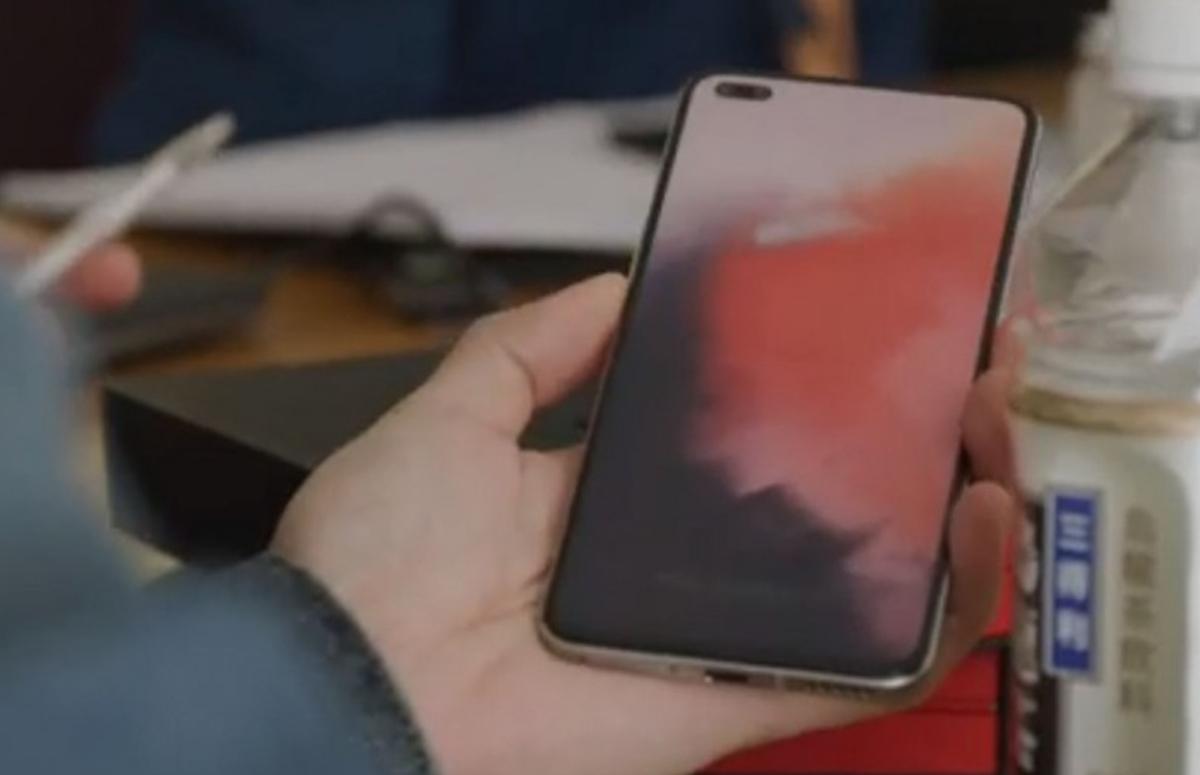 Officiële OnePlus Nord-foto verschijnt op Indiase Amazon en bevestigt drievoudige camera