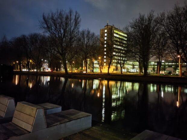 OnePlus Nord N10 5G - normaal vs nachtmodus
