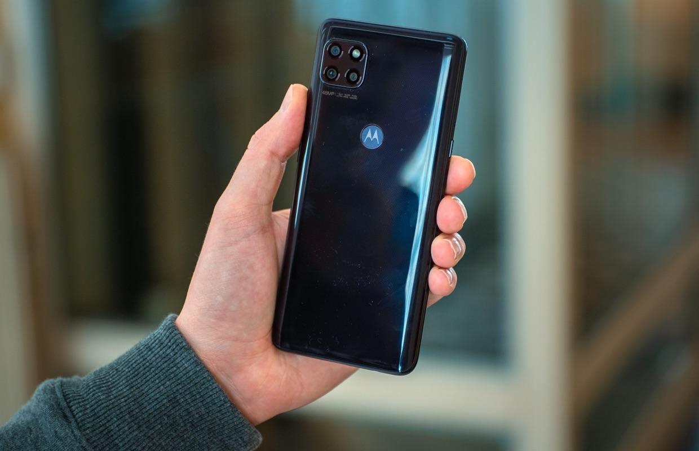 Motorola Moto G 5G review: degelijk toestel valt tussen wal en schip