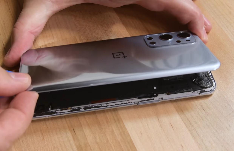 OnePlus 9 Pro teardown: heel moeilijk zelf te repareren