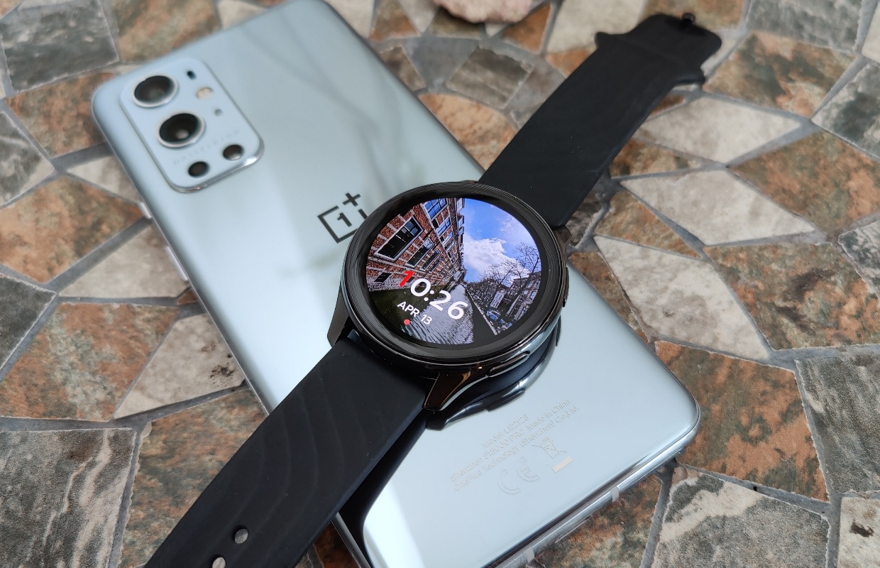 OnePlus Watch review: slim horloge is door matige software niet zo slim