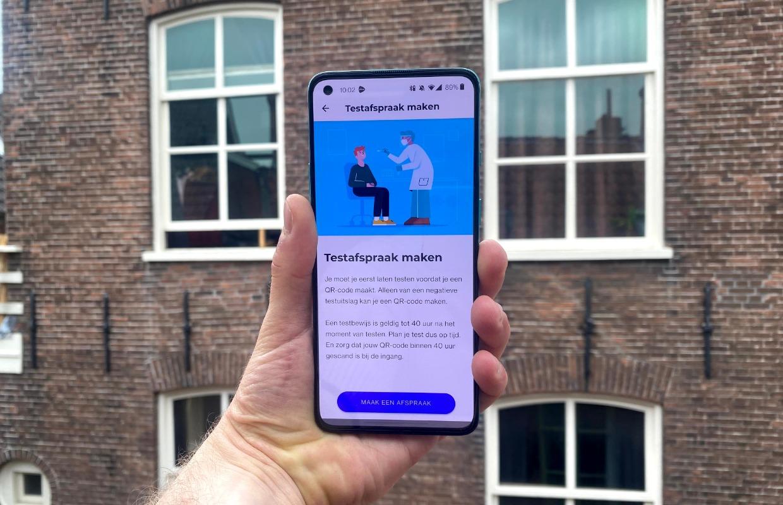 Op vakantie en naar festivals met de CoronaCheck-app: zo werkt het