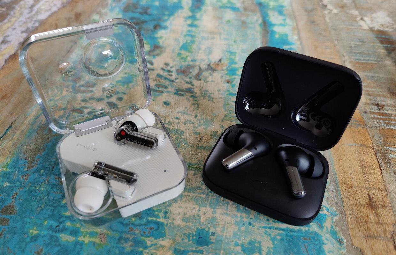 OnePlus Buds Pro vs Nothing ear (1): draadloze oordopjes vergeleken