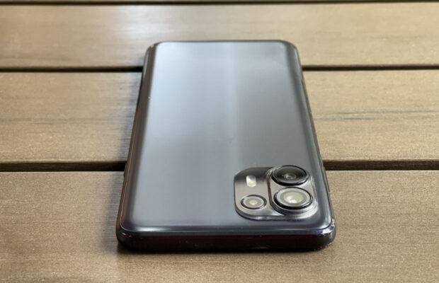 Motorola Edge 20 Lite review