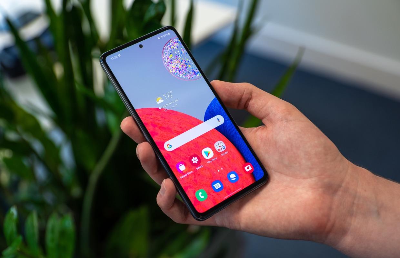 Onderzoek: 'Samsung en Xiaomi verzamelen en delen stiekem veel data'