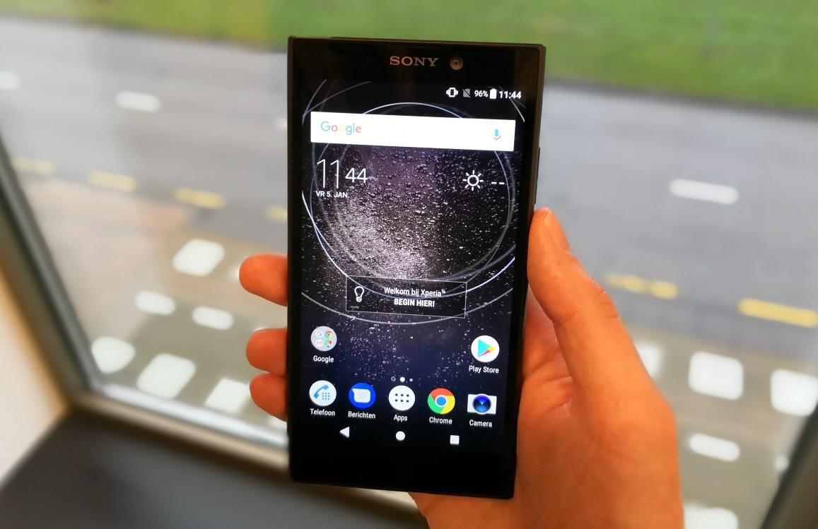 Sony brengt goedkope Xperia L2 met flinke accu in Nederland uit
