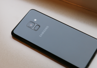 'Dit is de Samsung Galaxy A7 (2018), met driedubbele camera'