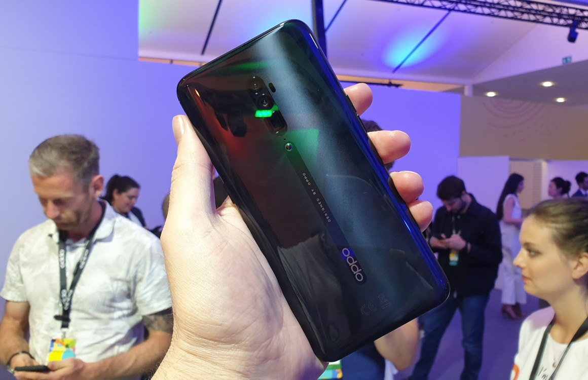 Oppo Reno 10x Zoom preview