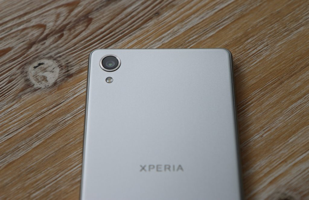 Xperia X review